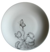 Assiettes carnivores, Alice Heit pour Compagnie. Porcelaine de Limoges.