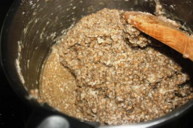 Le LAKH (bouillie de mil et sa sauce au yaourt)