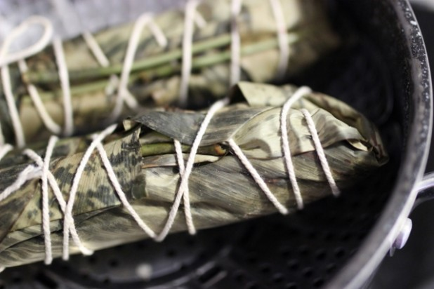 Le Nkonda (pain de manioc à la pâte d'arachide) (7)