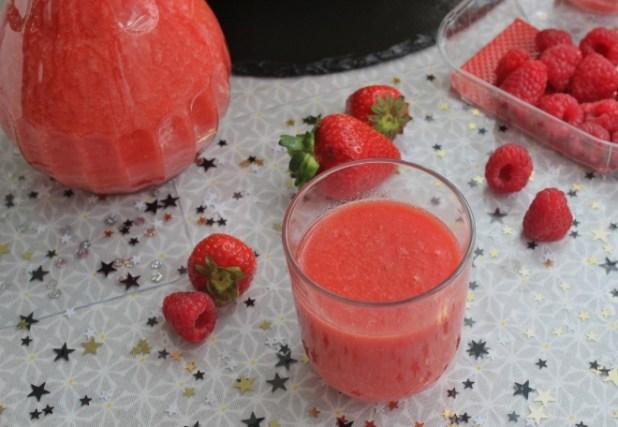 smoothie pasteque fraises framboises et pomelo