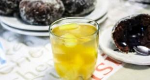 eau d'ananas à la citronelle