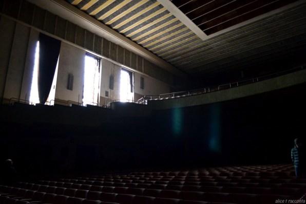 Teatro Rivoli | Valdagno (VI - Italia) : particolare sedute e platea
