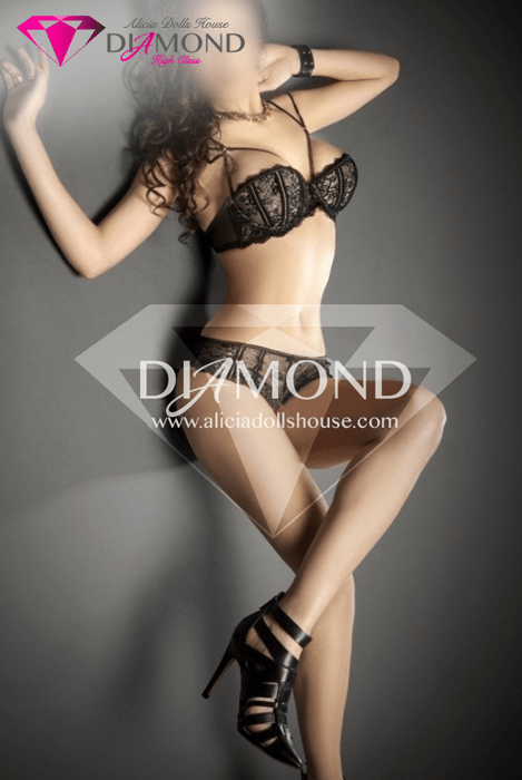 Amanda Diamond (5)