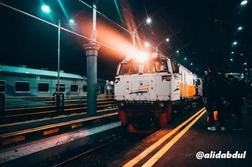 kereta-api-indonesia-alid-2