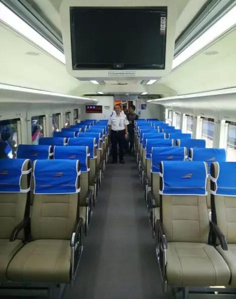 kursi-kereta-ekonomi-baru