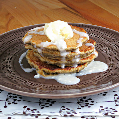 healthy buttermilk banana bread pancakes