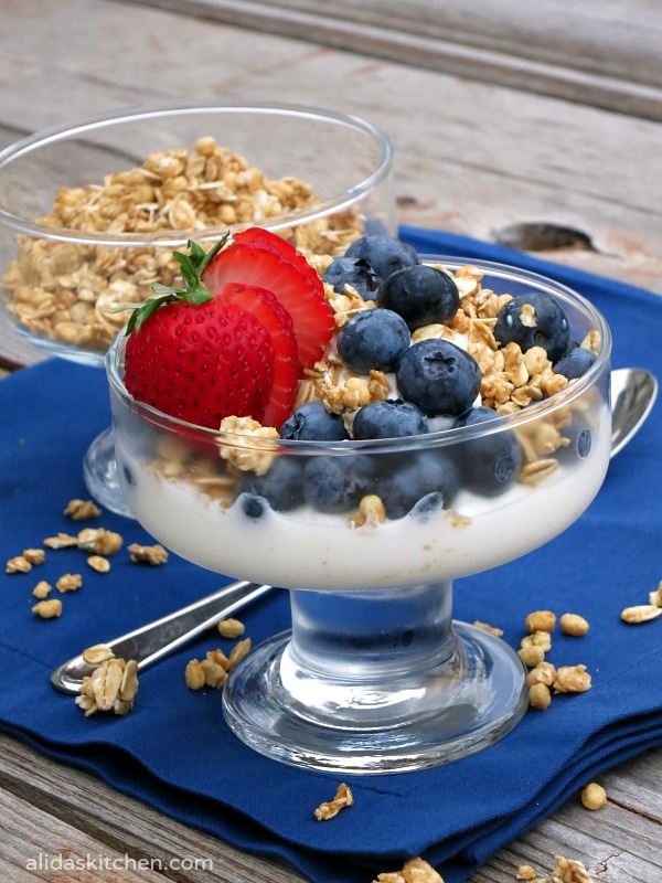Greek Yogurt with Nature Valley™ Protein Granola | alidaskitchen.com