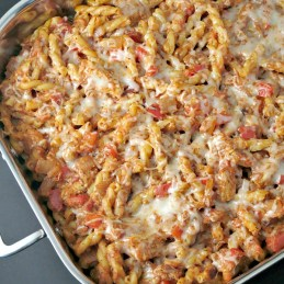 Cheesy Chicken Pasta Bake | alidaskitchen.com