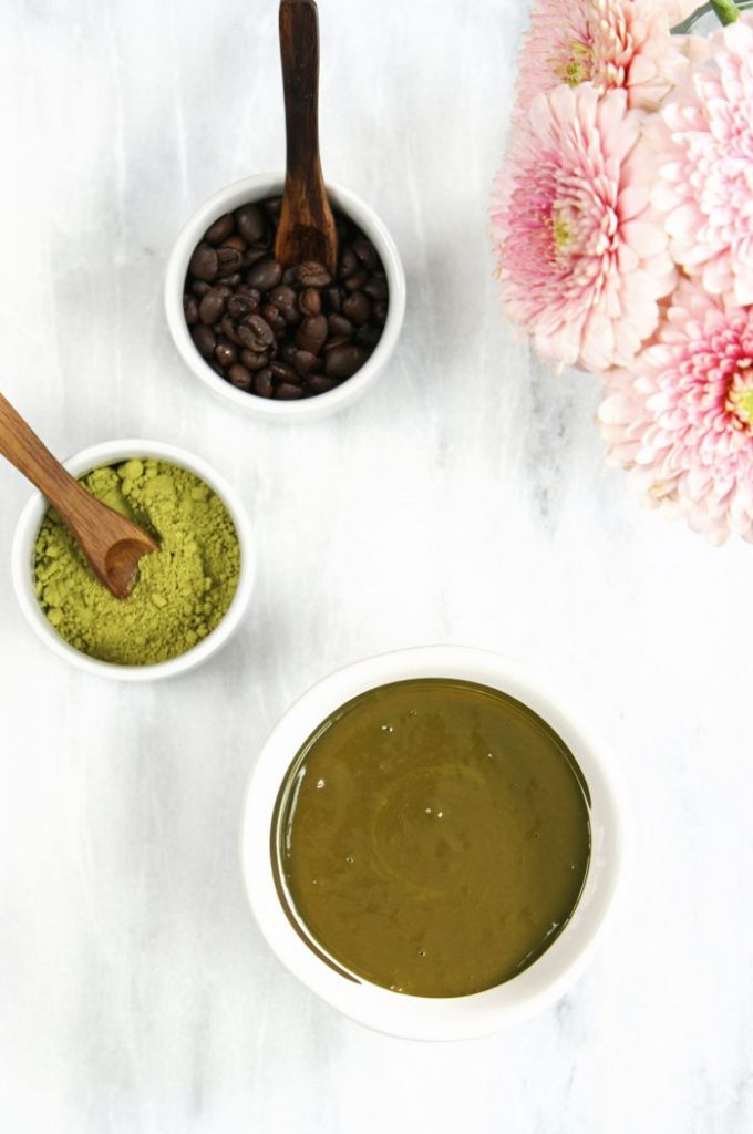 DIY caffeine mask with instant coffee & matcha