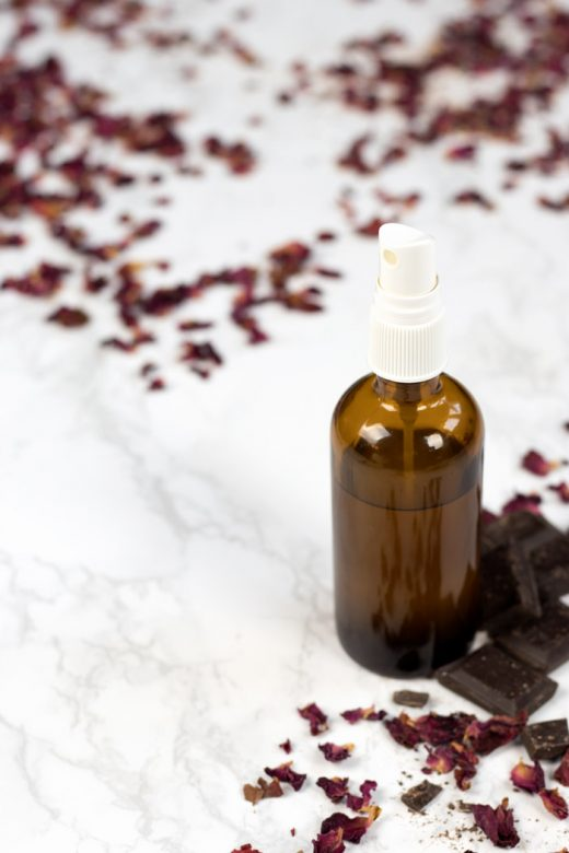 DIY chocolate and roses room spray with essential oils for Valentine's Day