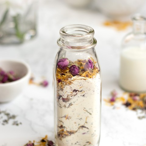 DIY Milk and Honey Floral Bath Soak