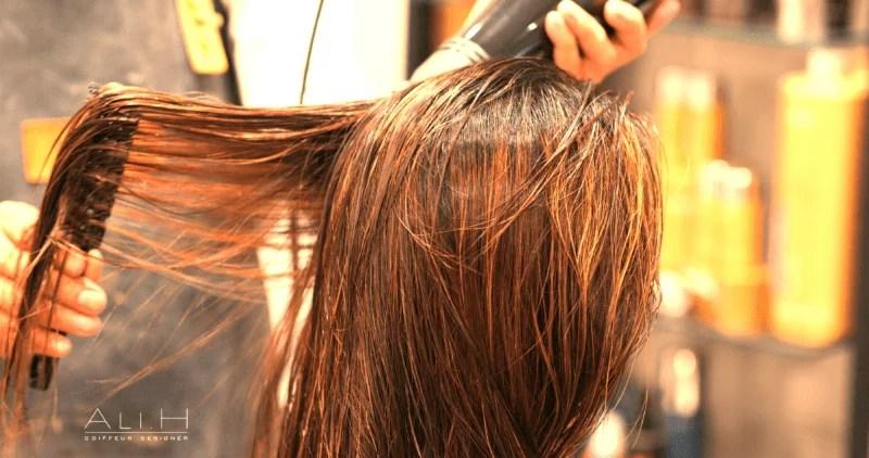 Ali H le coiffeur des femmes.