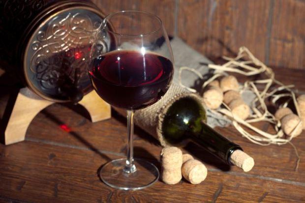 beneficios para la salud del vino tinto