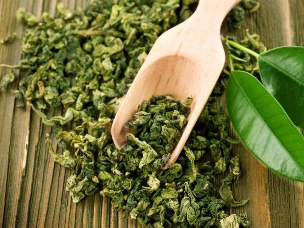 hojas de té verde en una dieta de pérdida de peso