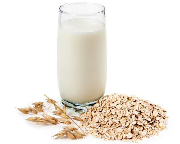 Leche de avena una de las mejores leches vegetales