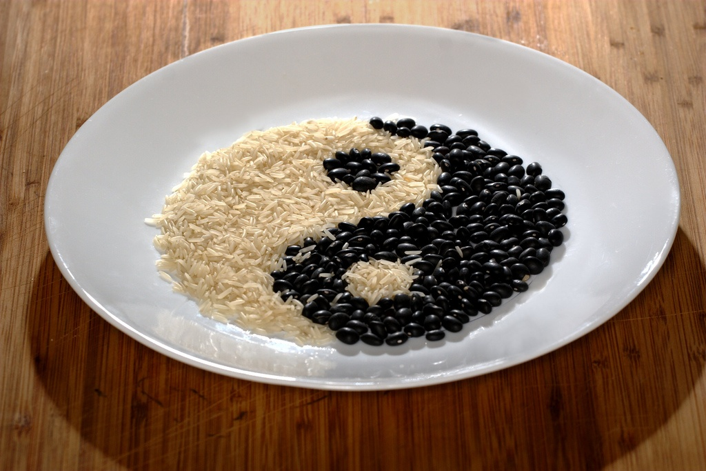 Corso di dietetica cinese - Alimentazione taoista in medicina cinese - Annarita Aiuto - Trieste - yin yang