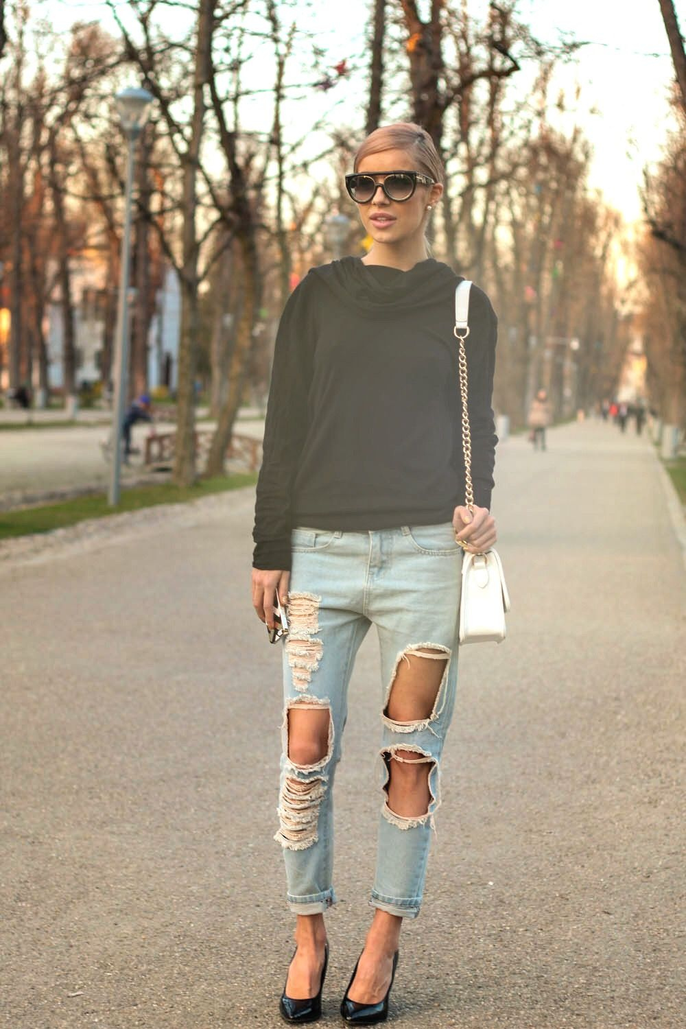 "5 REASONS why we love ""boyfriend jeans"":"