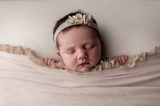 Dallas-Newborn-Photographer-Plano-Photographer-Sleepy-Baby