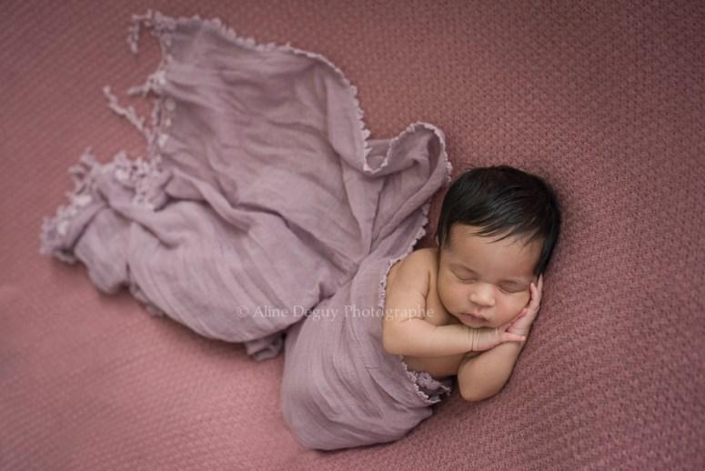 formation, photographe, bébé, studio, lumière naturelle, nouveau-né, newborn posing, France, Aline Deguy, Paris, 92, Hauts de Seine, Région Parisienne