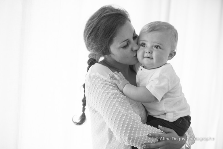 Séance photo famille, studio, photographe Aline Deguy