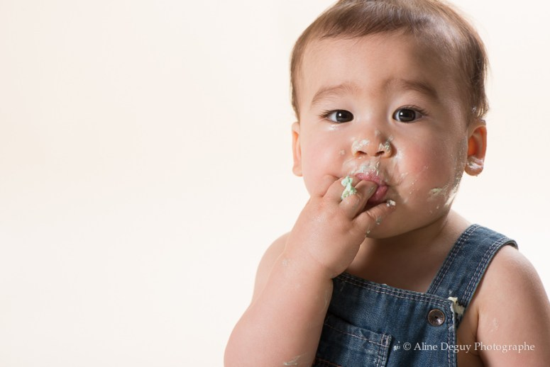 Photographe bébé smash the cake, studio photo Nanterre