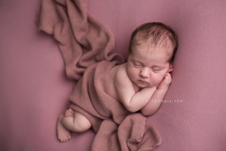 Photo nouveau ne 92, Photographe bebe paris, Aline Deguy, Photo bébé endormi, meilleur photographe bébé France