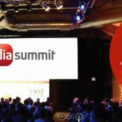 Mă duc la Social Media Summit 2015