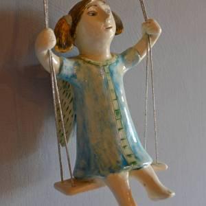 figurative-ceramics - swinging-angel-4