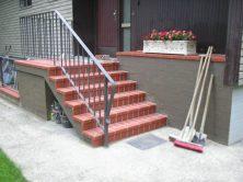 Eingangstreppe nachher