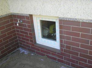 Kellerfenster neu und größer