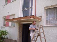 Vordach im Bau