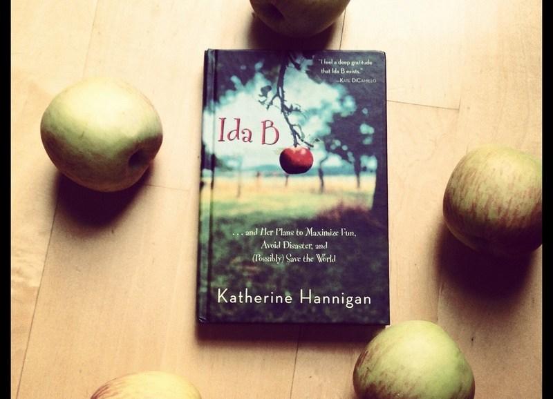 Ida B book image, apples and book