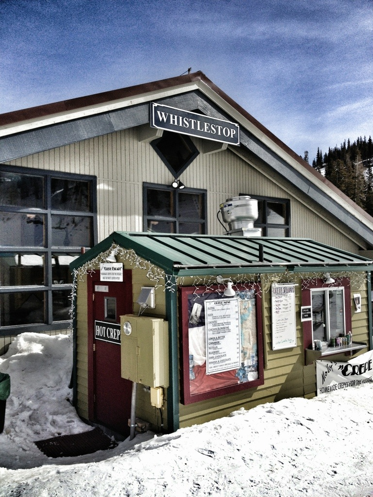 taos mountain crepes and coffee, taos ski valley, snow camp in taos, ski camp, youth trips, spring break, family vacations, crepe stand