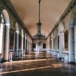 Snapshots of Versailles