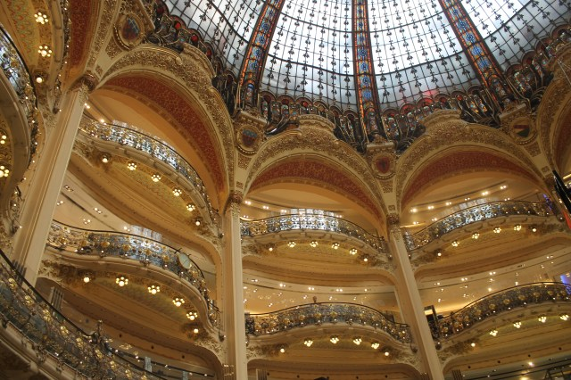 The most beautiful shoppingcenter I have ever seen - la galerie lafayette