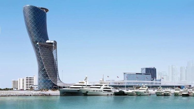 The UAE has world attractions, openness to world cultures and impressive urban spaces.
