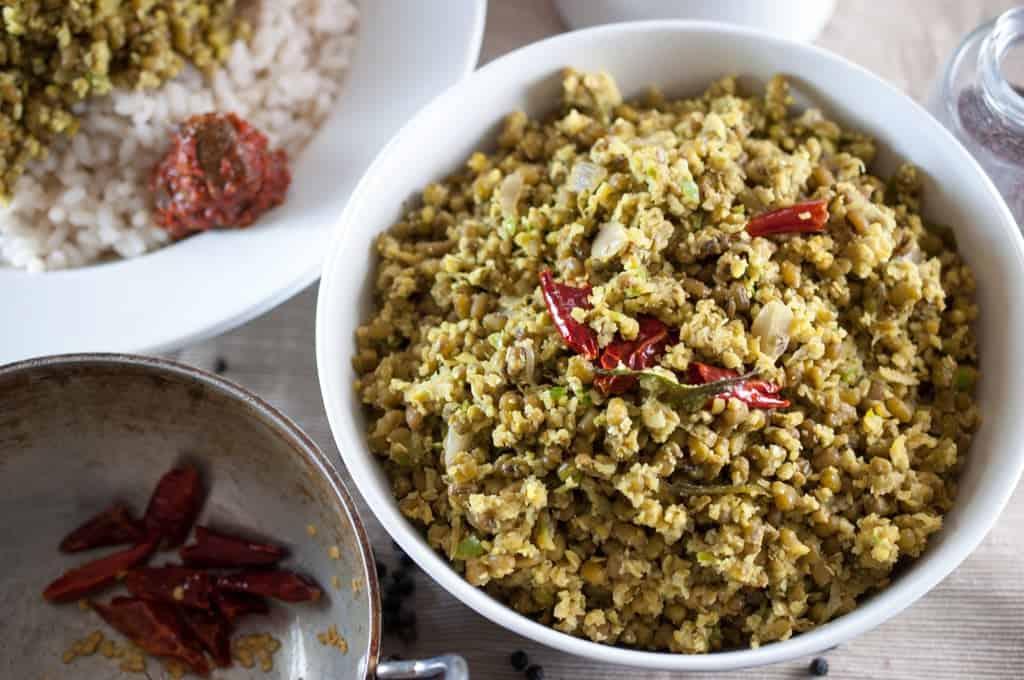 Moong Bean / Green gram stir fry with coconut (Cherupayar Thoran - Kerala Style)