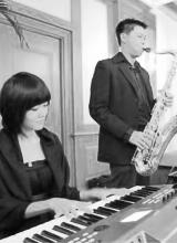 keyboardist-saxophonist
