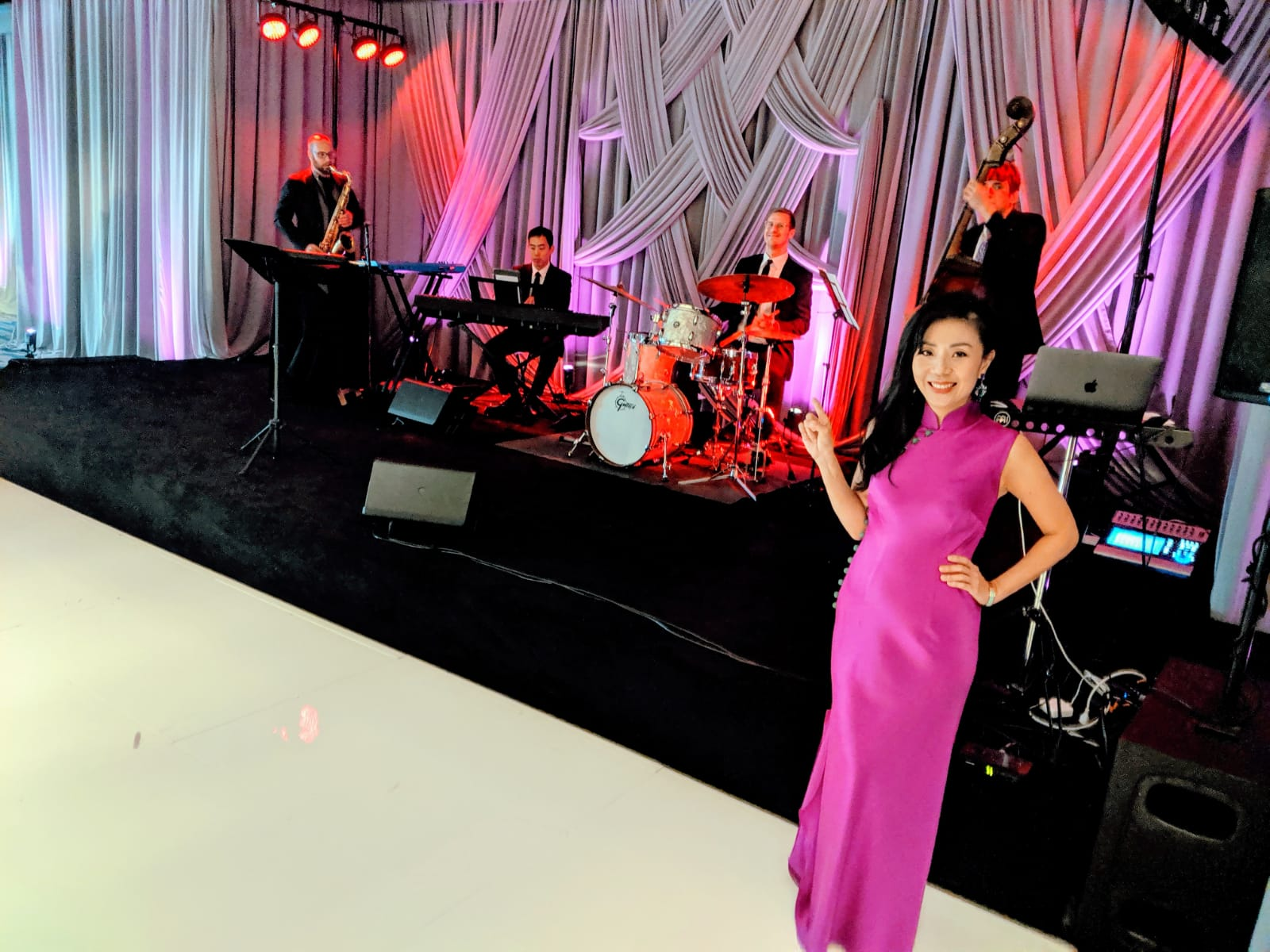 Live Band InterContinental Los Angeles Downtown