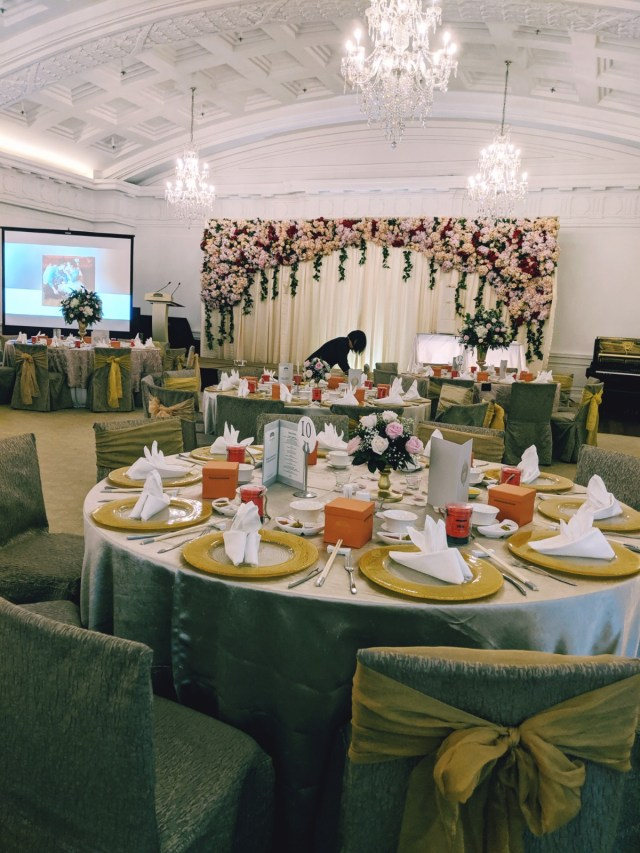 Fullerton Hotel Singapore Wedding Emcee MC Singer Live Band Music Ballroom