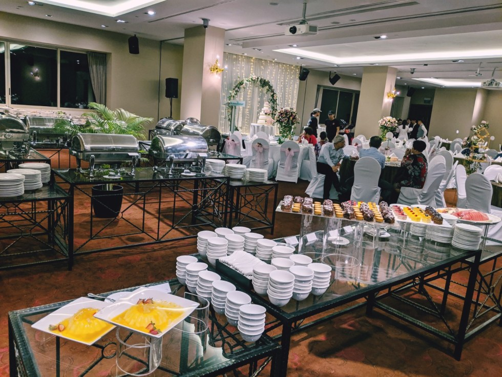 Hotel Fort Canning Wedding Buffet Decor