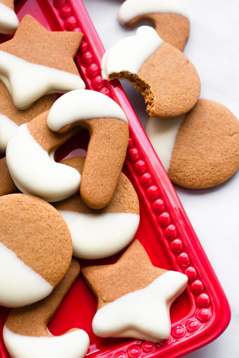 White chocolate dipped gingerbread cookies   A Little Food