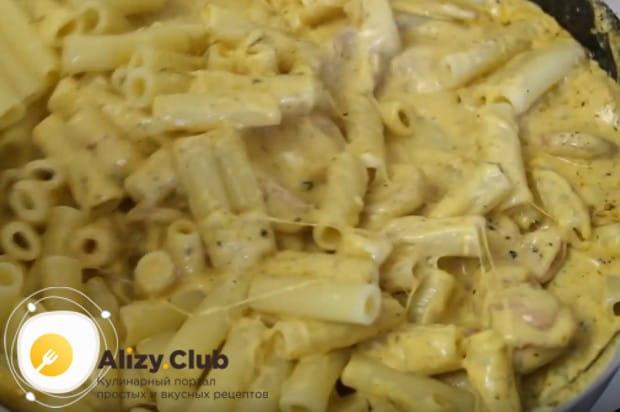Bây giờ bạn biết Pasta nấu ăn ngon với xúc xích.