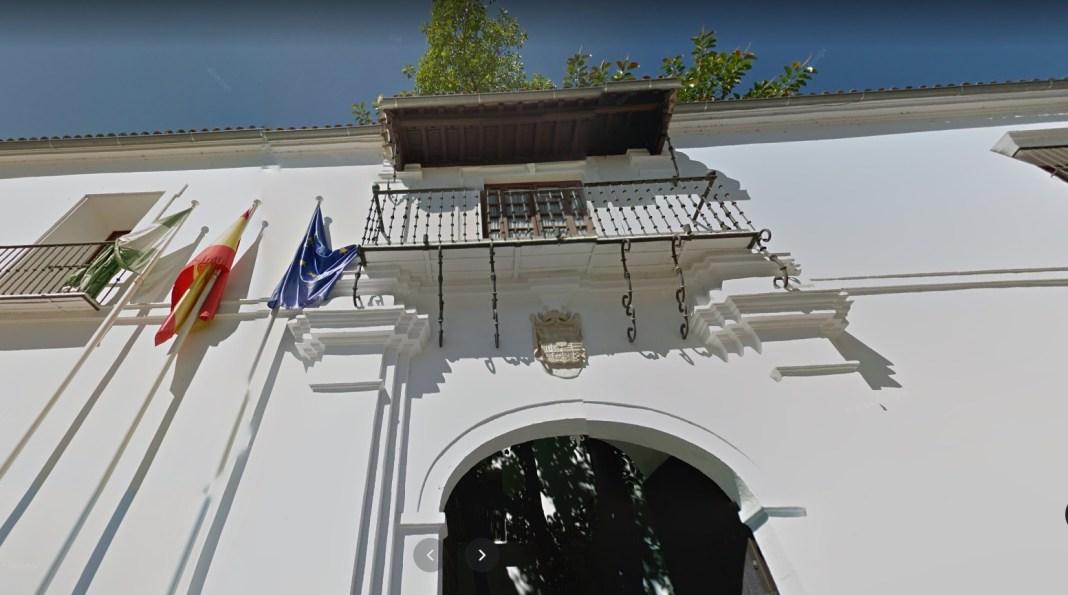 Ayuntamiento de Tomares.