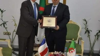 """Photo of بلحيمر: """"لا السفير الفرنسي ولا ديبلوماسي أخر يمكنه تجاهل القواعد الدبلوماسية"""""""