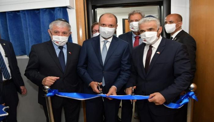 وزير الخارجية الصهيوني يفتتح ممثلية لبلاده في الرباط