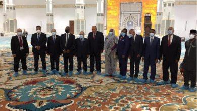 Photo of وزراء خارجية دول جوار ليبيا يزورون جامع الجزائر