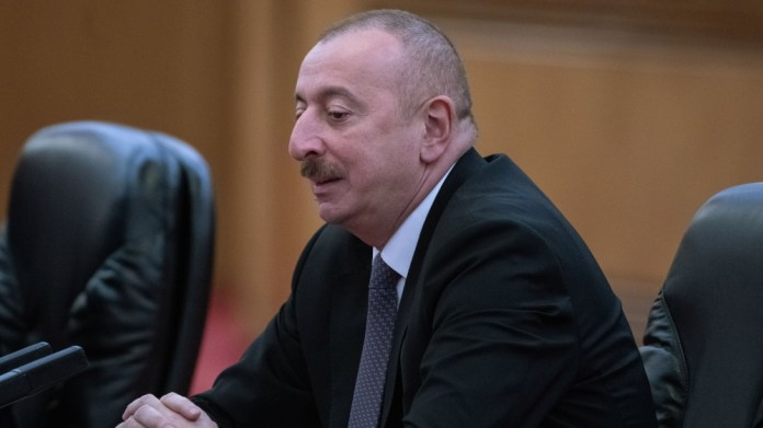 Azerbaijan PM resigns, president replaces him with loyalist
