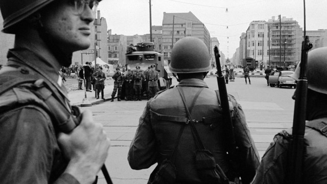 ONLY FOR ESSAY: Documenting American segregation at the Berlin Wall by Paul M. Farber [DON'T USE!]