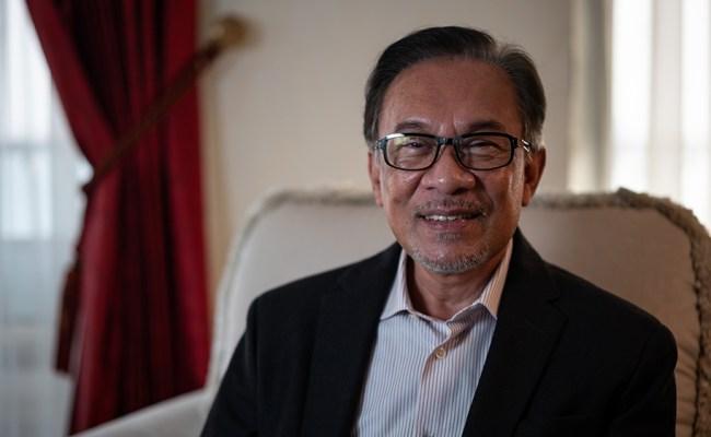 Malaysia S Anwar Ibrahim We Need To Focus On Economy News Al Jazeera